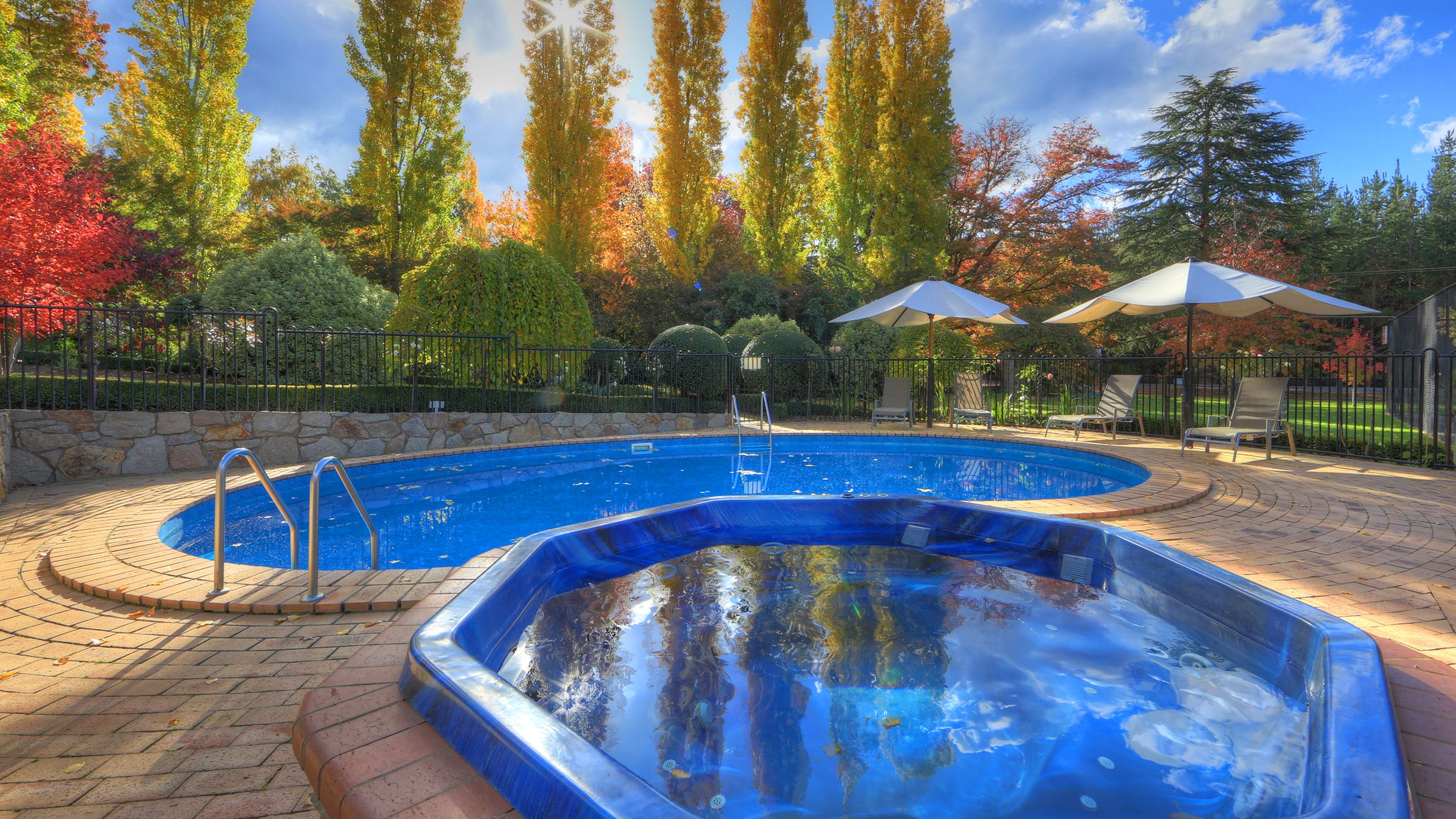 One of Bright's Finest; Chestnut Tree Holiday Units