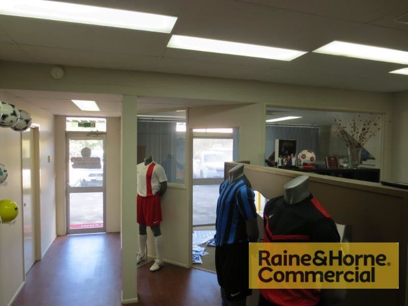 120sqm Well Appointed Showroom & Offices