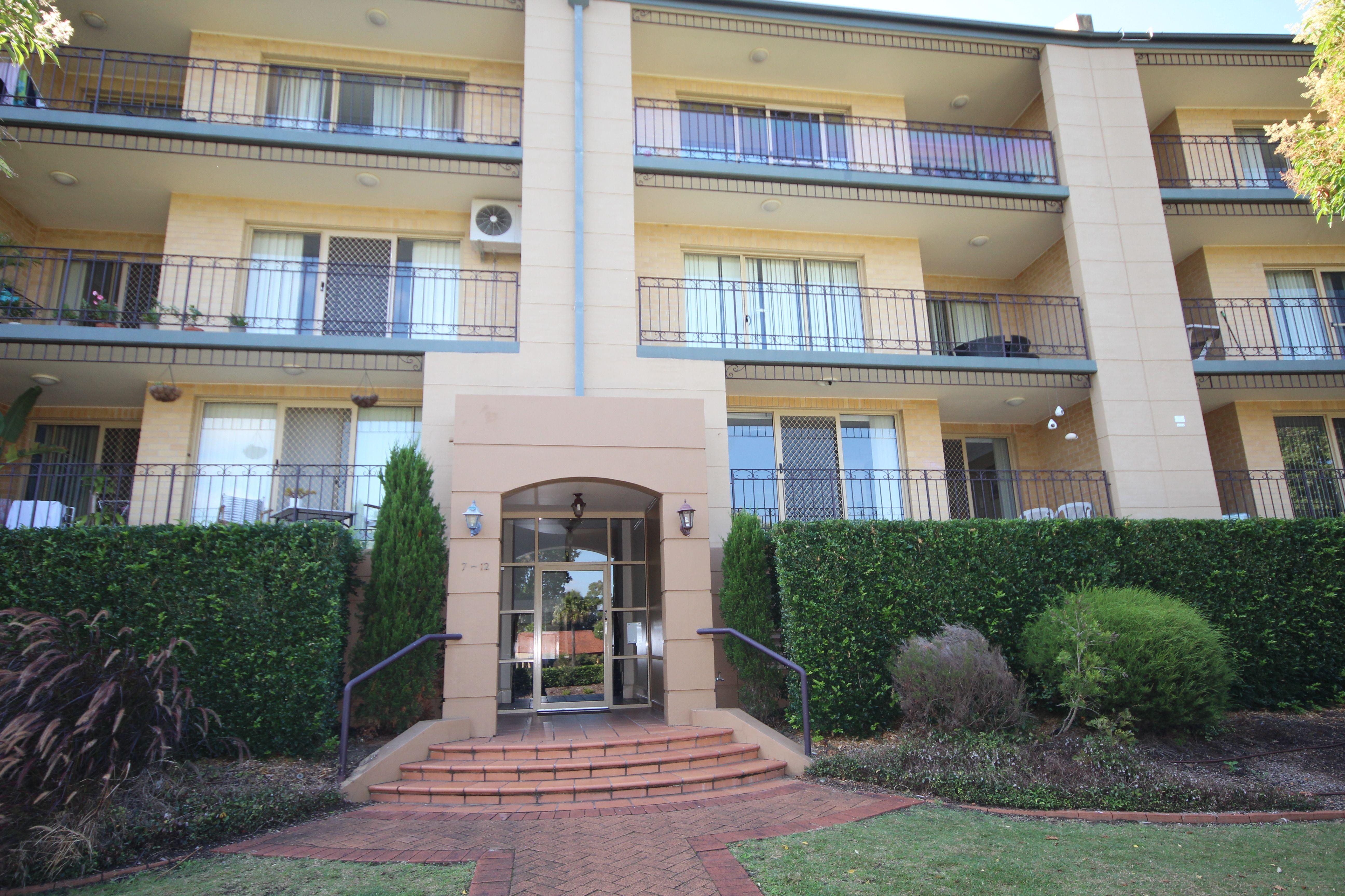8/11 Settlers Boulevard, Liberty Grove NSW 2138