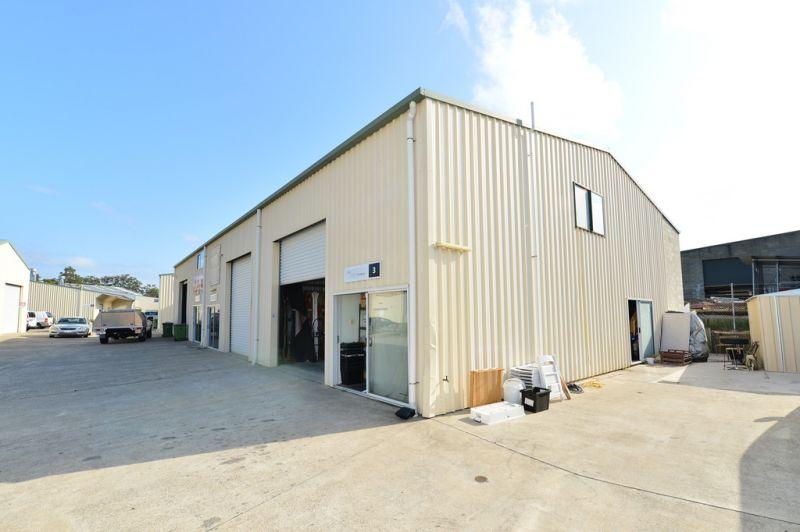 Noosaville Industrial