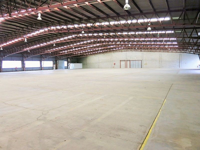 Geebung Warehouse Opportunity With Ample Truck Access