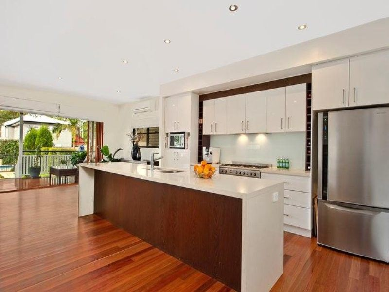 Lovely home near Bulimba's vibrant Oxford Street