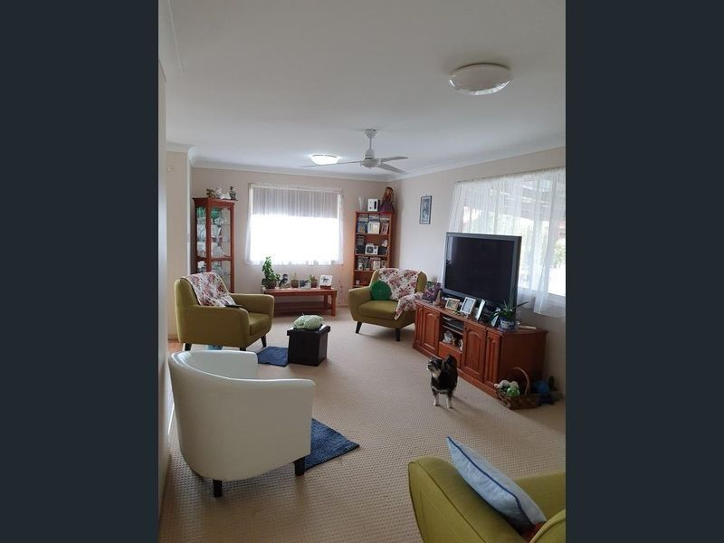 For Sale By Owner: 23/25 Coopers Road, Willowbank, QLD 4306