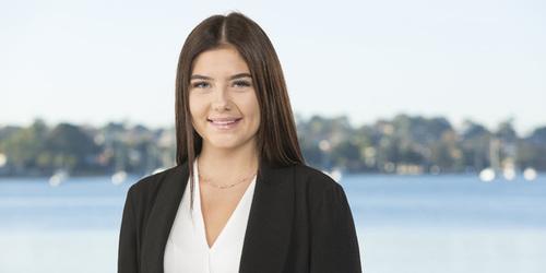Rebecca Janes Real Estate Agent