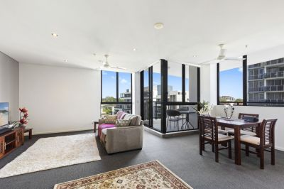 Stroll to Broadwater  Invest or Live in