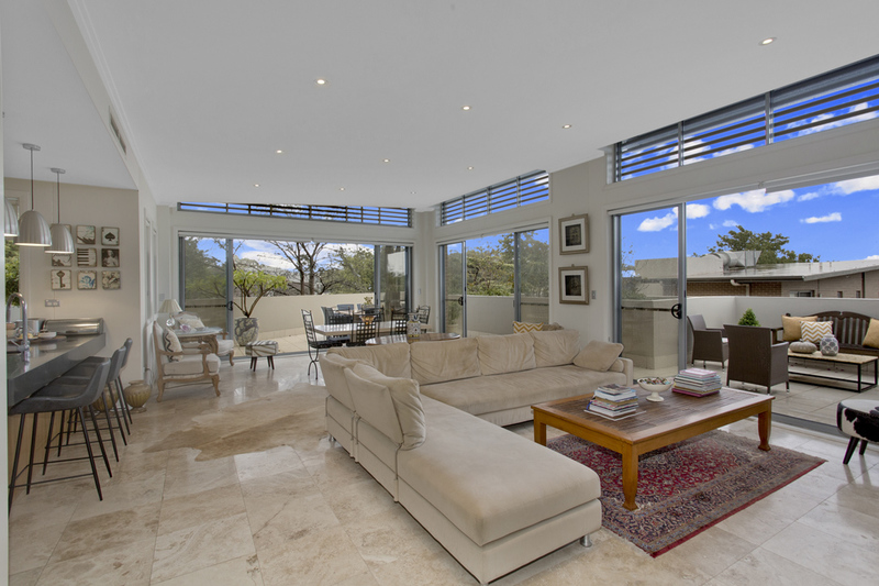 Penthouse Living At Its Best! Unfurnished or Furnished