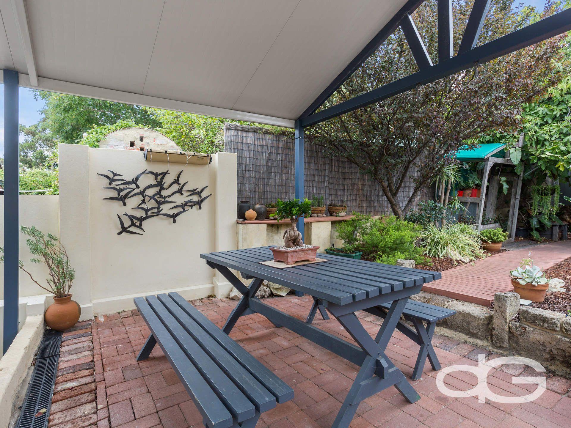 58 Hampton Road, Fremantle