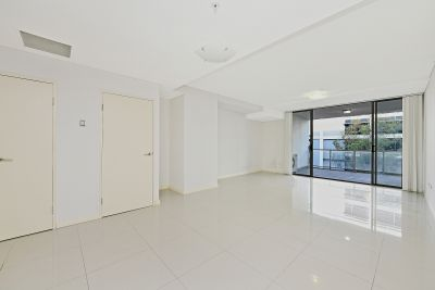 Extra Large Bright Two Bedroom Unit