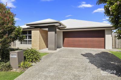 Wonderful Breezes and Views - Lovely Low Set Living with Little Maintenance and a Convenient Location - Popular Warner Lakes Area - 6.5 years young