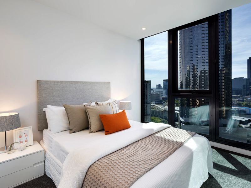 Southbank Grand: Perfectly Designed Two Bedroom Apartments!