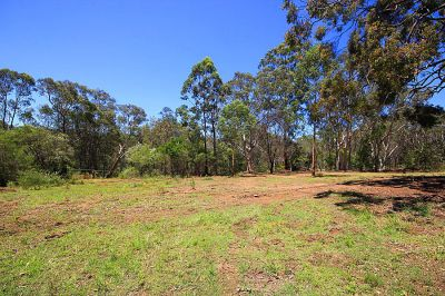 a perfect spot to build your dream home. level block 3356m2; just moments to galston village.