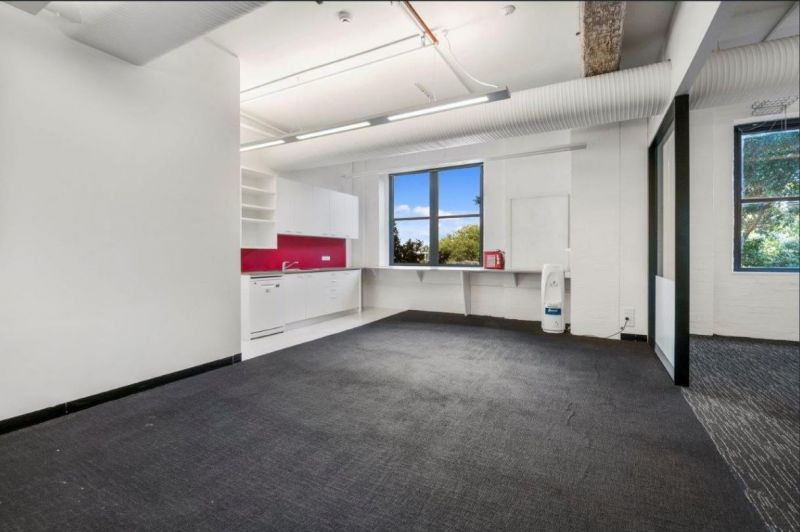 Fitted Office Flooded in Natural Light!