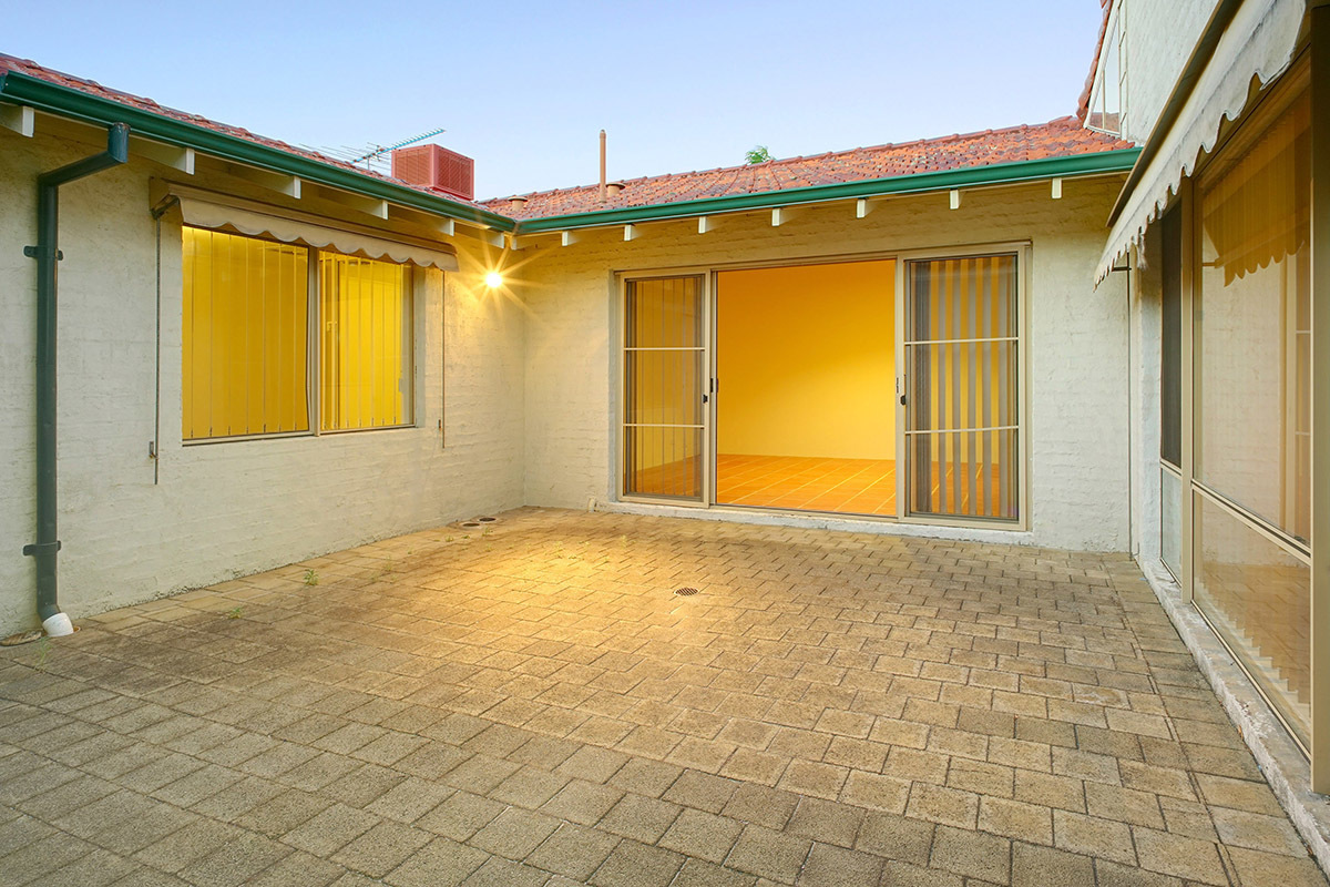 140A Sixth Avenue Inglewood 6052