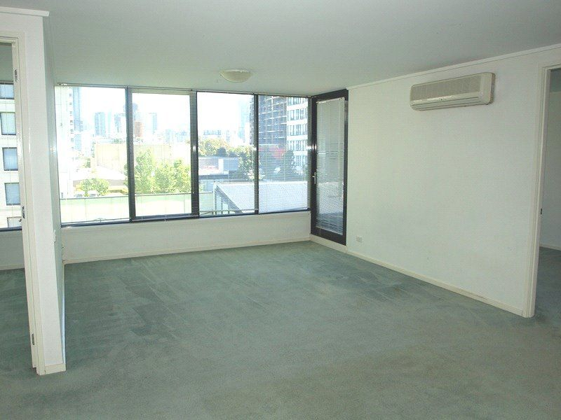 Parkside: 4th Floor - Magnificent Central Location!