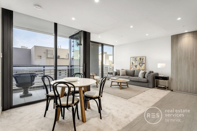 LEASE BREAK - Fully furnished luxurious abode