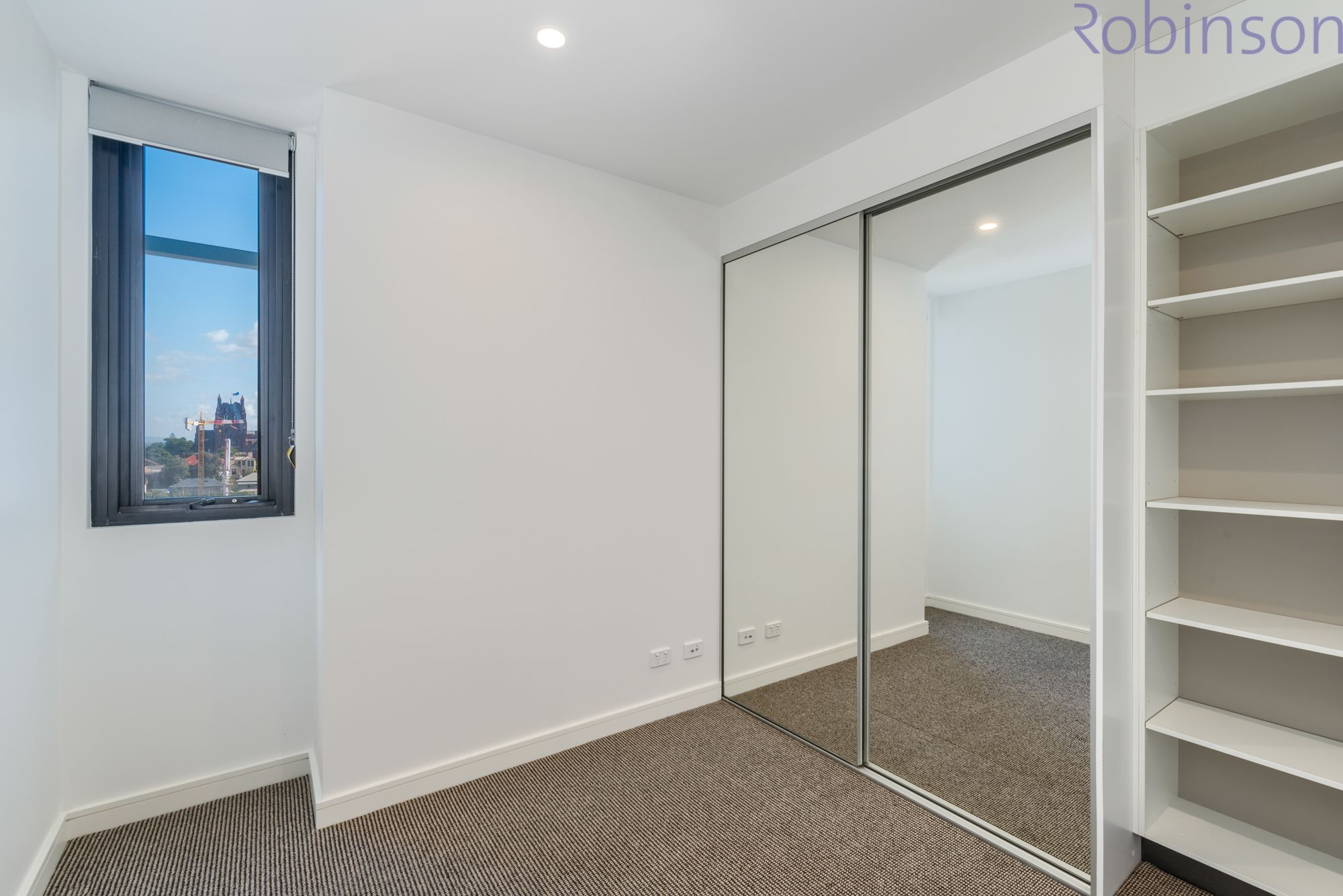 Level 9/A902/75 Shortland Esplanade, Newcastle