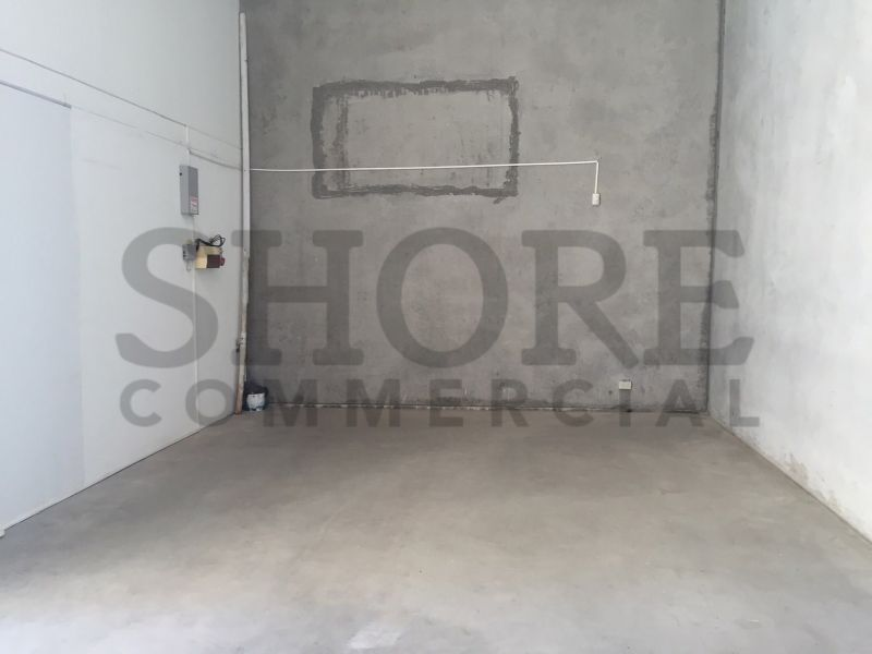 MODERN INDUSTRIAL UNIT IN PRIME LOCATION