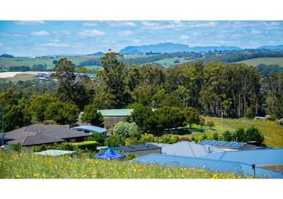 Spectacular Mountain views Ulverstone
