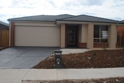 Saltwater Estate, 13 Warunda Parade: When Only The Best Will Do!