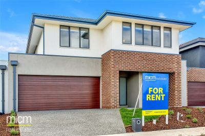 FIRST CLASS TENANT WANTED! Brand New Double Storey in Williams Landing!