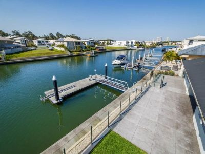 North Facing Single Level Waterfront Home With 12m Pontoon!