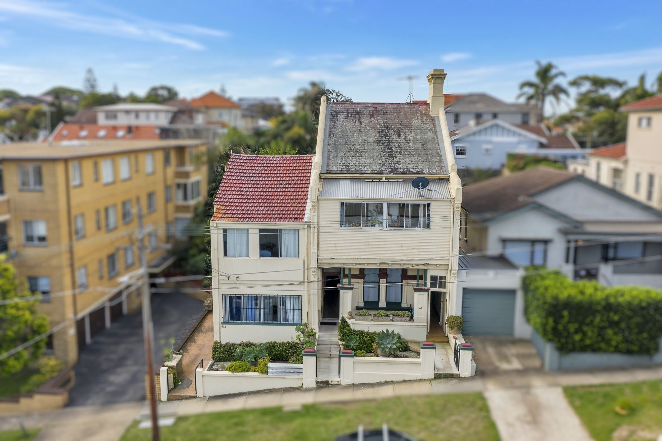 364 & 364a Alison Road Coogee 2034