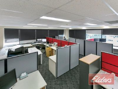 90m2 - 700m2 FULLY FITTED OUT OFFICE WITH CITY VIEWS!
