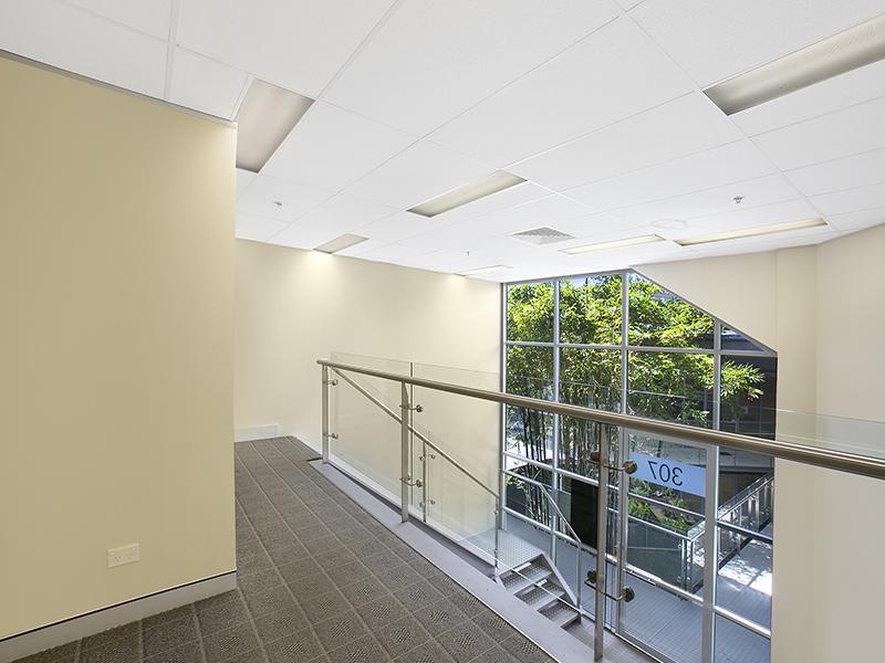 Office Suite with Mezzanine level in Biztek – Brookvale