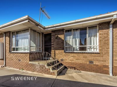 Low maintenance property perfect for first home buyers or investors