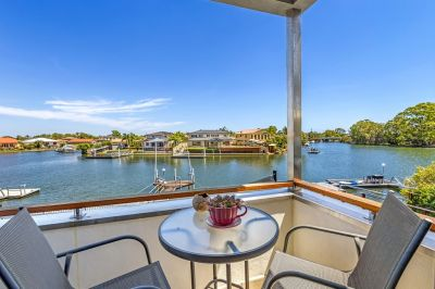 Once in a lifetime Waterfront