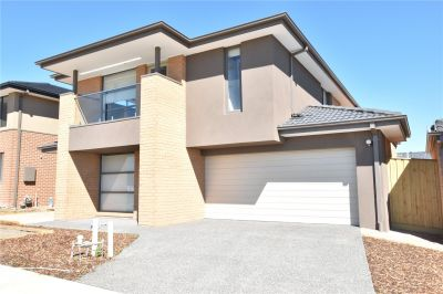 Spacious Double Storey Family Home Has Everything You Need!