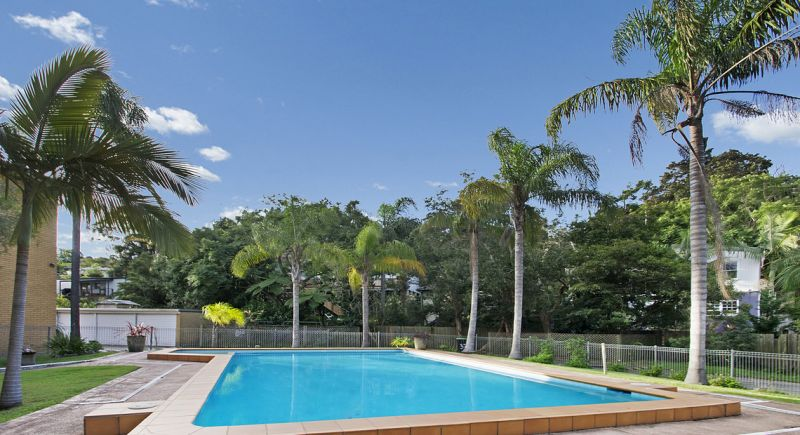 Spacious two bedroom apartment with pool in complex!