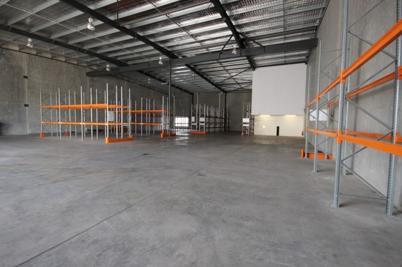 High Quality Tilt Panel Warehouse with Great Frontage