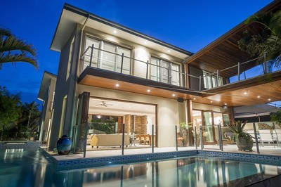 Luxury Resort Style North Facing Waterfront