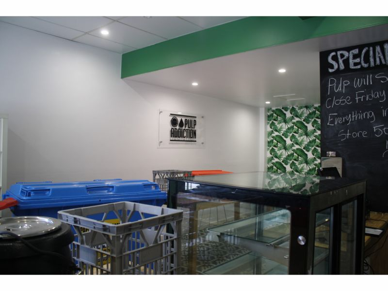 Turbot St Frontage Shop  46 m2