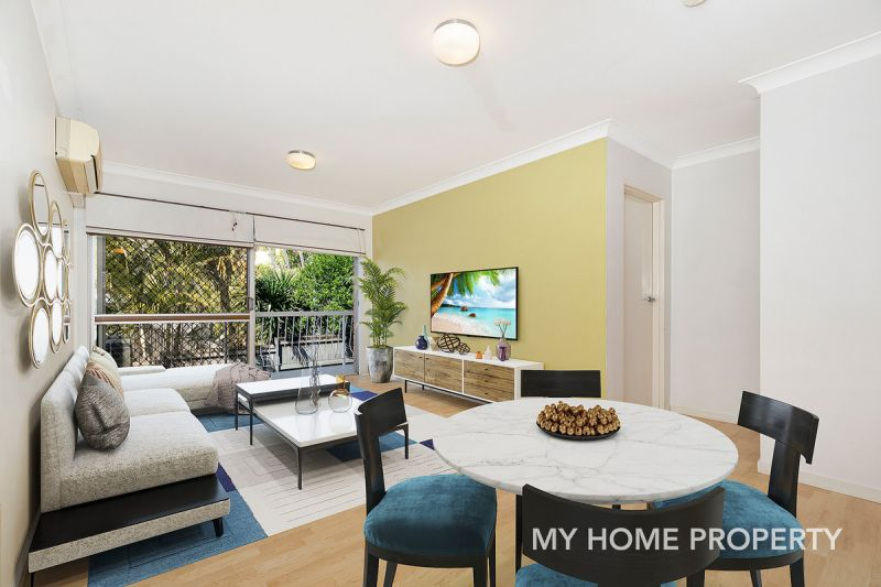 AVAIL 24TH FEB - 2 BED UNIT IN SOUGHT AFTER LOCATION  WALKING DISTANCE TO TRAIN