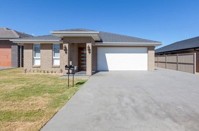 Brand New and Modern 4 bedroom house