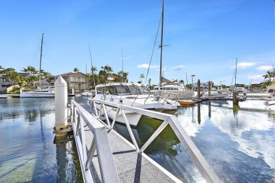 Architectural Masterpiece  Bridge Free Sailing