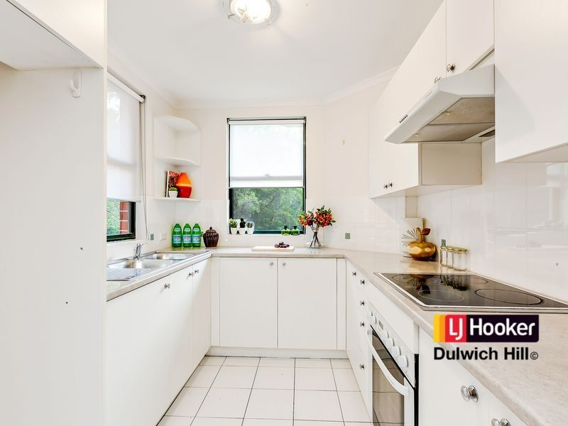 4/2 Williams Parade, Dulwich Hill