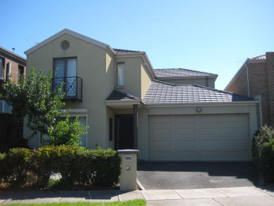 Well Presented Townhouse Situated opposite  Keilor Plains Train Station.