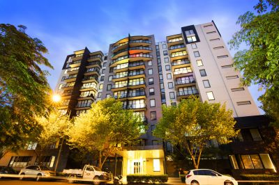 Melbourne Condos: 9th Floor - You'll Love Living Here!