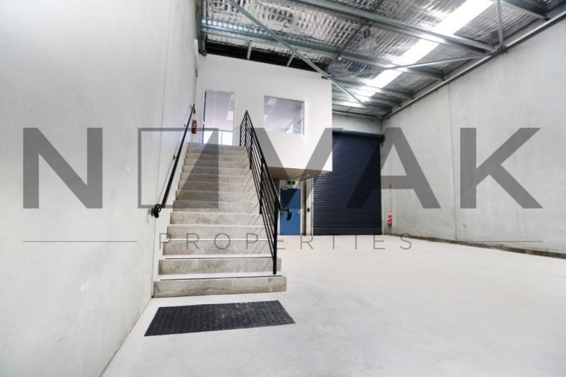BRAND NEW WAREHOUSE SPACE   FANTASTIC OPPORTUNITY