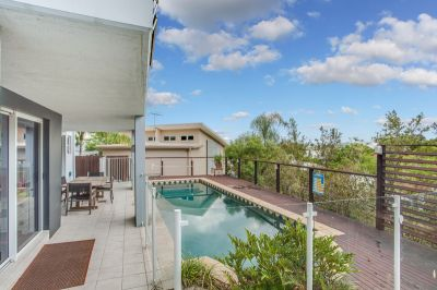 Luxury Villa on Hamilton Hill. In-ground pool and Beautiful Views! - Available Now