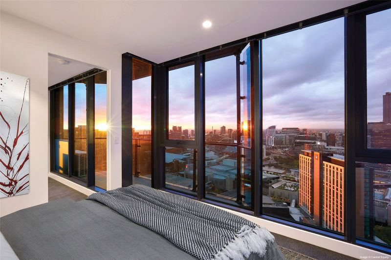 Don't Miss Out This Fantastic Two Bedroom Apartment in Southbank Central!