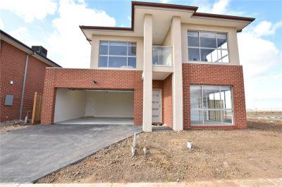 FIRST CLASS TENANT WANTED! Brand New Double Storey Five Bedroom House!