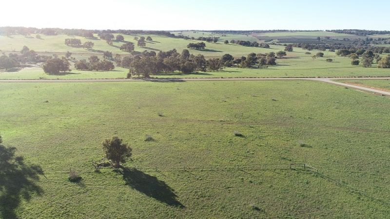 Picture-perfect Countryside. Developer's incentives available!
