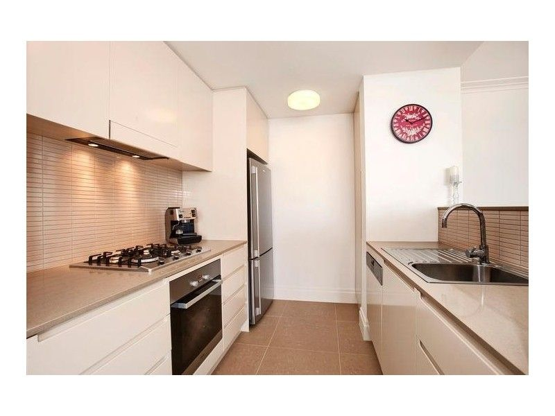 309/2 Rosewater Circuit Breakfast Point 2137