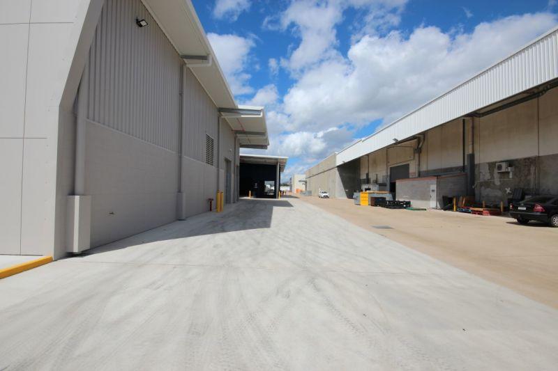 High Profile Retail Showroom - Last Remaining 400 Sqm