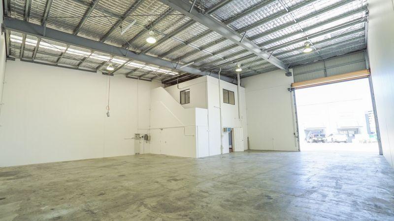 Quality Tilt Panel Warehouses