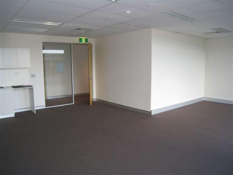 Leafy Outlook Office Space - Modern Development